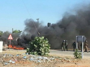 police trying to control the situation-Mangochi