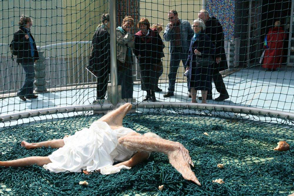 Two Chinese Artists Created This Terrifying Hyper-realistic Sculpture Of The Falling Angel  Must