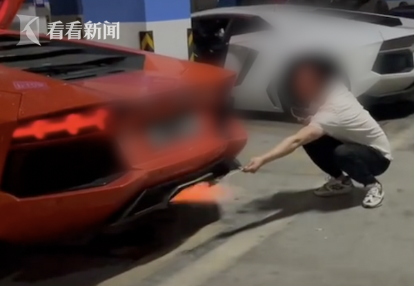 Man Uses Lamborghini Exhaust to Cook Meat - video